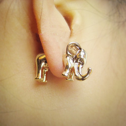 THREE-DIMENSIONAL ELEPHANT EARRINGS PIERCING