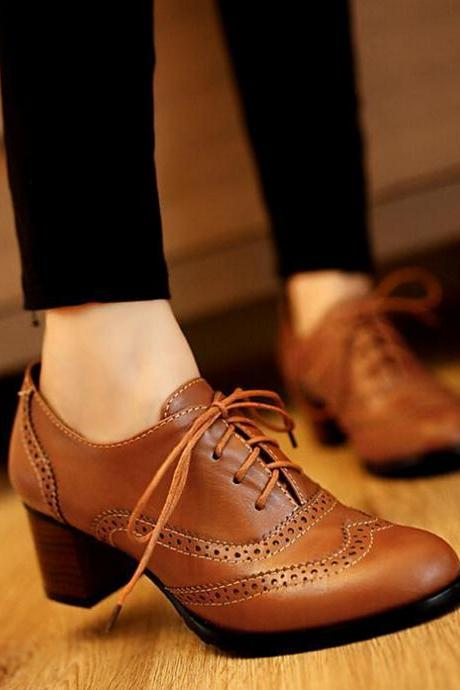 Women Block Heel Oxford Shoes with Brogue Details